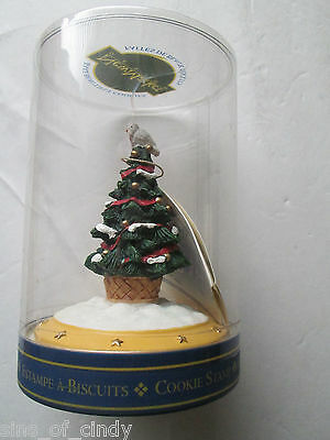 New Market Design Cookie Press / Stamp 1998 Christmas Tree with Dove