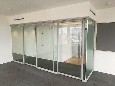 8.36 METRE WIDE TOUGHENED GLASS DOUBLE OFFICE PARTITION 3 x GLASS DOORS & FRAMES