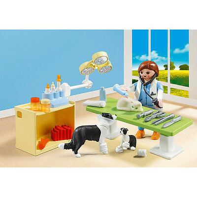 Playmobil Vet Visit Carry Case Play Set with Action Figures (5653)