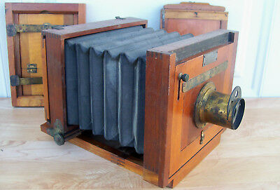 SCHULTZE PHOTO Co WOOD FOLDING VIEW CAMERA w SCOVILL LENS + 2 DRY PLATES Antique