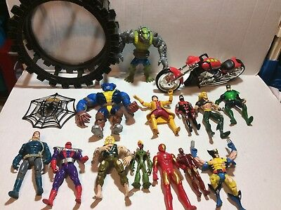 Mixed Lot Of Dc And Marvel Figures