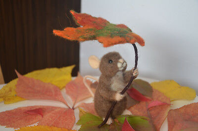OOAK Needle felted cute mouse with an autumn leaf