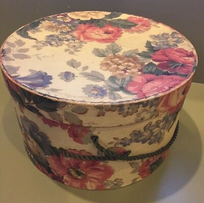 """Vintage floral hatbox with Green Rope Cord. 11"""" dia. x 7"""" tall"""