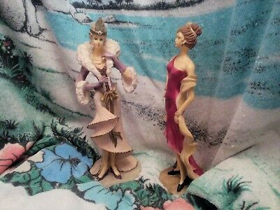 Two fabulous 1920s style lady / flapper figurines.