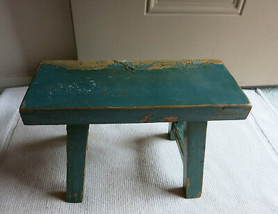Vtg Primitive Wooden Foot Stool-Bench-Milking Stool-Step Stool
