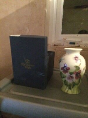 Old Tupton Ware Vase - Excellent condition and boxed - TW7979