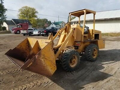 1978 Allis-Chalmers 540 4x4 Compact Wheel Loader! Coming in Soon!