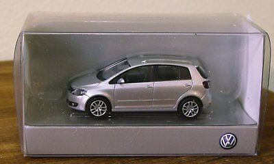 WIKING HO scale - VW GOLF in SILVER - 1/87 plastic model # 28007