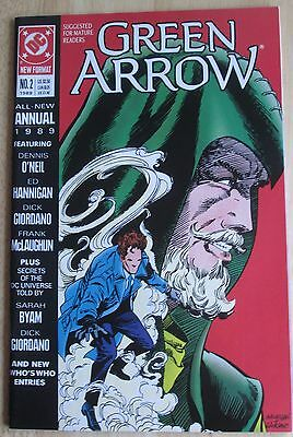 """DC Comics, """"Green Arrow"""" 1989 Annual # 2 , Great Condition"""