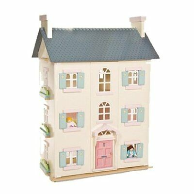 Le Toy Van Cherry Tree Hall with Sugar Plum Furniture and Dolls
