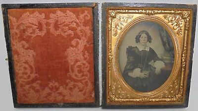 Antique Tin Type VICTORIAN LADY Detailed Case