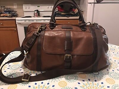 Fossil Canyon Leather Duffel Bag  Genuine Leather Pre Owned , Very Nice Conditio