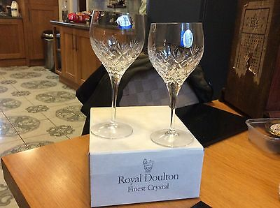 Royal doulton. Finest crystal  arden design 2 wine glasses in box