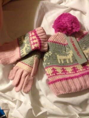 Hat And Glove Set In Pink xmas Reindeer Size S-M 5 to 10 Freespirit NEW IN BAG