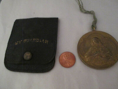Old My Guardian Mater Dolorosa Medallion in Pouch 1018-6