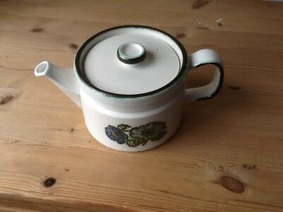 wedgewood Iona tea pot