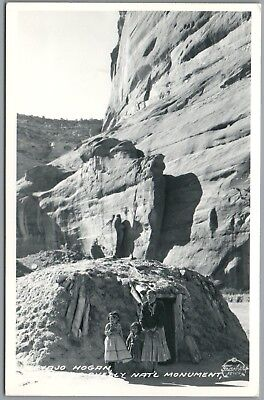 Navajo Hogan Children - De Chelly National Monument - Frasher's RPPC Postcard