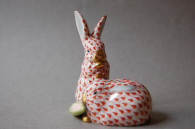 Herend Porcelain Bunny Rabbit Pair Vieux Herend Red Fishnet 5326