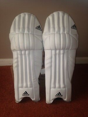 cricket pads Adidas small boys size