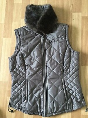 Womens golf gilet by Daily