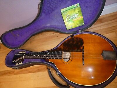 Gibson A Mandolin from 1916 in original hardcase in excellent condition