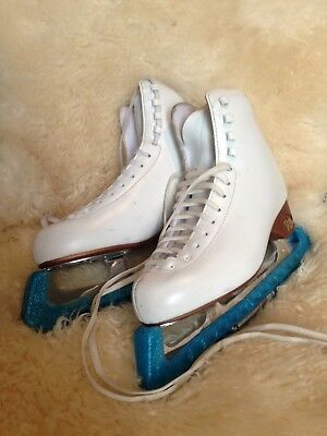 Risport Antares Figure Skates, Ladies, Size 6 (260) with bag and blade guards