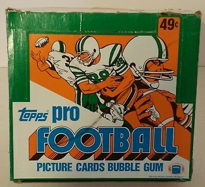 1982 Topps Football Unopened Cello Box Lott, Taylor, Collinsworth Rookie RC?  02