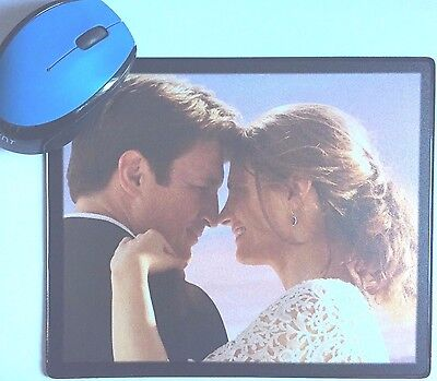 Castle Nathan Fillion Stana Katic Molly C Quinn Sullivan TV poster Mouse Mat