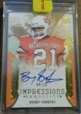 2014 Upper Deck Exquisite Barry Sanders on Card Auto 9/10