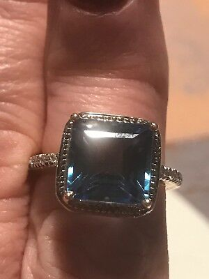 Exceptional 14carat Rose Gold London Blue Topaz and Diamond Ring 5 carat Tcw