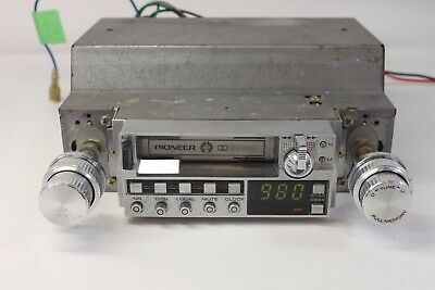 PIONEER KE 5000, car-AM/FM stereo with cassette player. (ref A179)