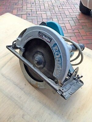 "Makita 240V Circular Saw 235mm (9-1/4"") 2000W"