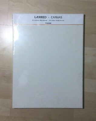 Blank Canvas 30-40 Cm With Stretcher Bars