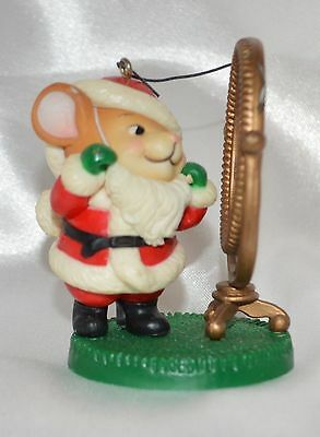 Avon Christmas 1982 Santa Claus Mouse Looking in Mirror. Christmas Ornament
