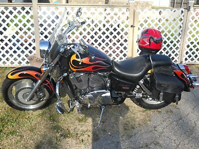 2007 Honda Shadow  2007 Honda Shadow sabre w/ flames