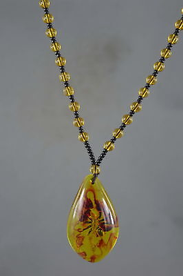 Collectable Handwork Amber Inside Inlay insects Fashion Auspicious Rare Necklace