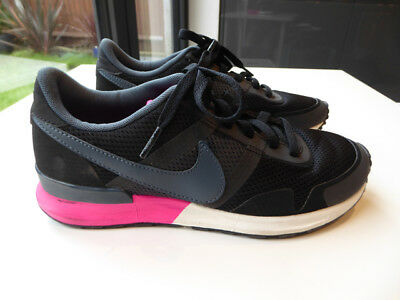 Nike Air Womens Running Trainers Size 5 Gym Run Black Pink GREAT CONDITION