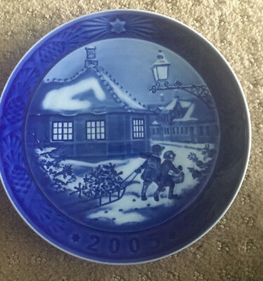 "New Royal Copenhagen 2005 ""Hans Christian Andersen's House"" Plate - In Box"