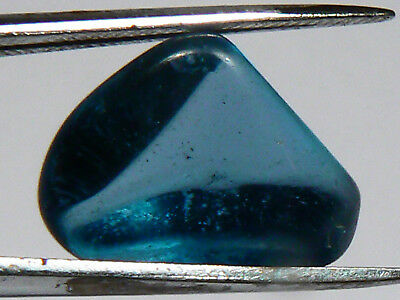5.7 cts FLAWLESS LONDON BLUE TOPAZ FACET ROUGH