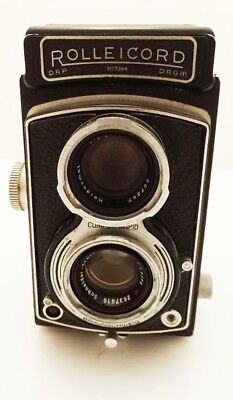 Rolleicord Model III K3B Film Camera Xenar 75mm f/3.5 Lens w/ Filter and Hoods