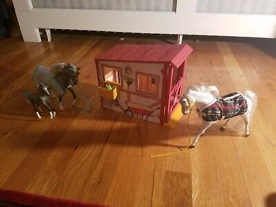 GC Horses and Stable Children's Toys