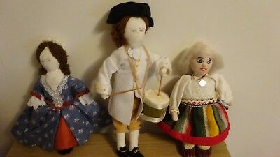 Drummer Boy, And 2 Lady Dolls, Material Made