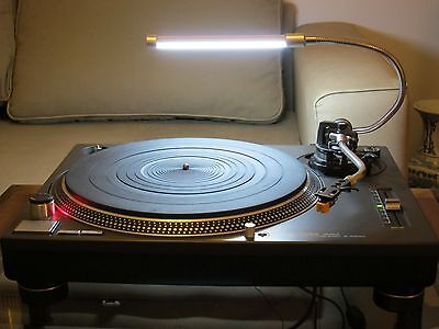 Turntable Lamp Vinyl Illuminator - Top Quality Unit  INCLUDING  UK mains Adapter