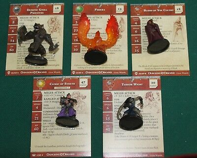 Lot Of Of 5 Dungeons And Dragons Miniatures