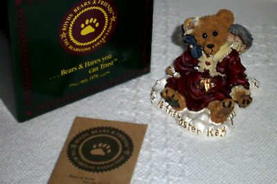 1998 BOYDS BEARS Bearstone GUINEVERE THE ANGEL Love is the Master Key