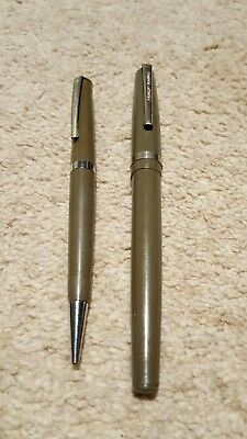 Vintage Conway Stewart Fountain pen and pencil set
