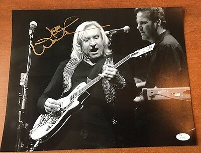 EAGLES SIGNED PHOTO B&W JOE  WALSH with JSA COA
