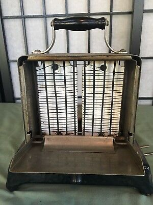 Antique Vintage Toaster Simplex T211 Electric. Early 1900s. 4 Amps