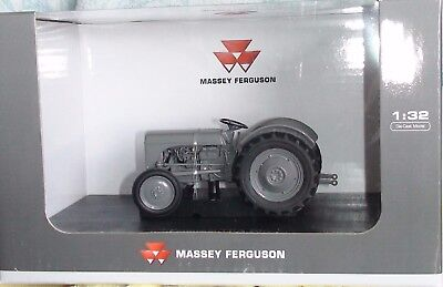 1948 Ferguson Tea 20 Tractor Diecast Scale 1/32 New Uh