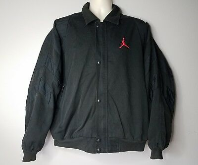 7cb86f57680e Men s Nike Jordan Zip Up Black Packets Lined Jacket Size XL